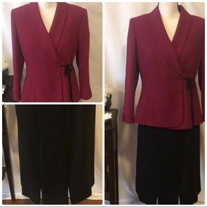 💼 Le Suit burgundy and black size 8
